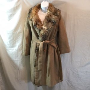 Jackets & Blazers - Gorgeous Vintage fox lined wool coat